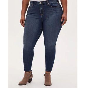 TORRID || Sky High Skinny Jeans